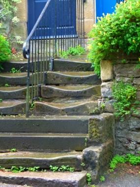worn-steps